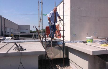 Impresa Edile Ranghetti - Aree d'intervento - Rifacimento coperture - Lavori in corso